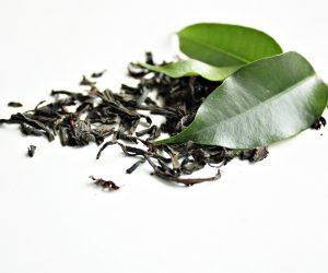 Gommage pour le visage au thé vert et au sucre pour peau mature